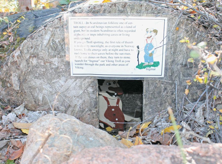 troll-park-hiding-trolls